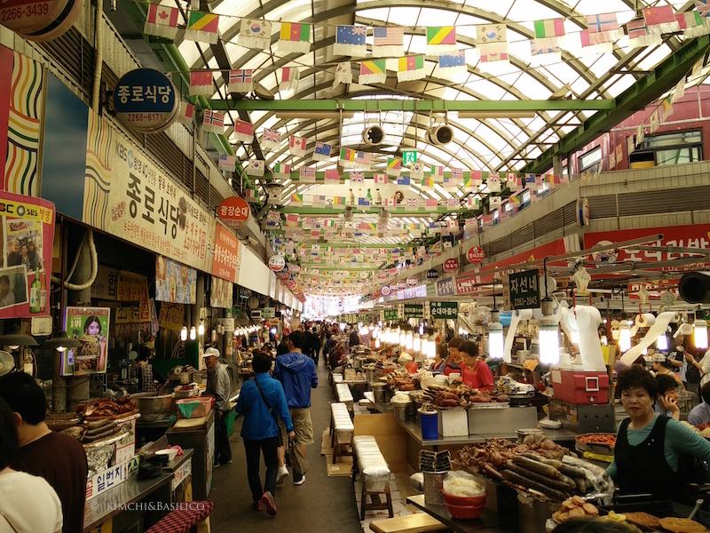 gwanjang market street food