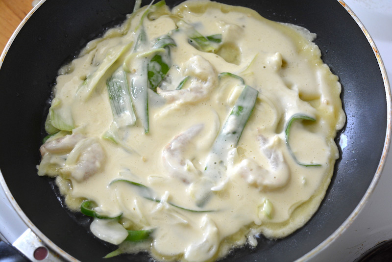 Haemul Pajeon mix on skillet