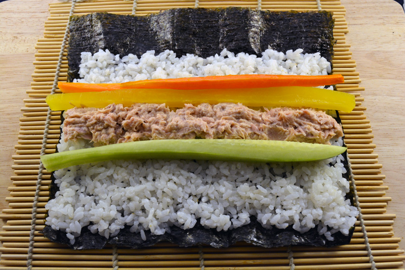 kimbap tuna with vegetables