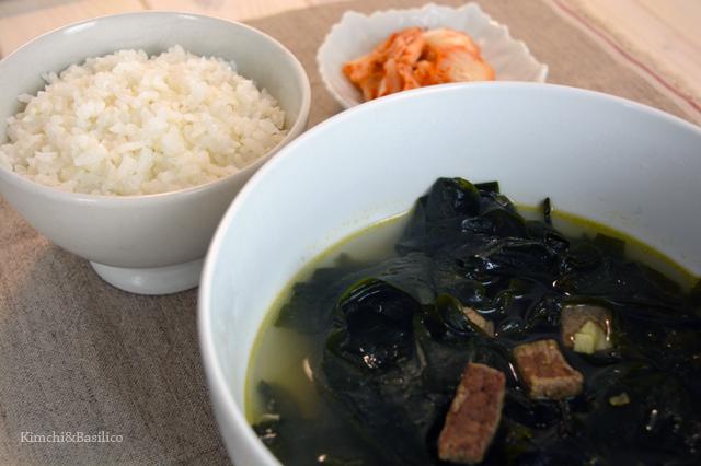 seaweed soup closeup