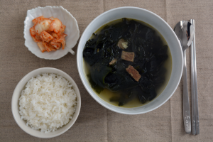 seaweed soup top