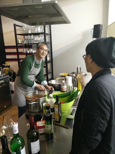 artist Kim cooking 2