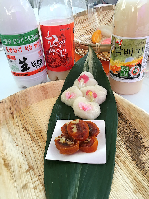world hansik festival makgeolli and sweets